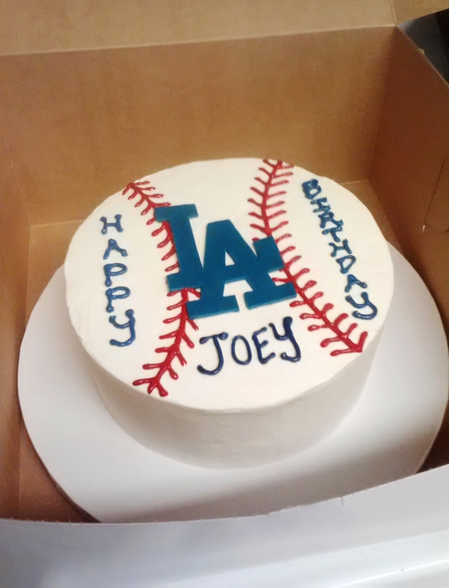 La Dodgers Birthday Cake On Central