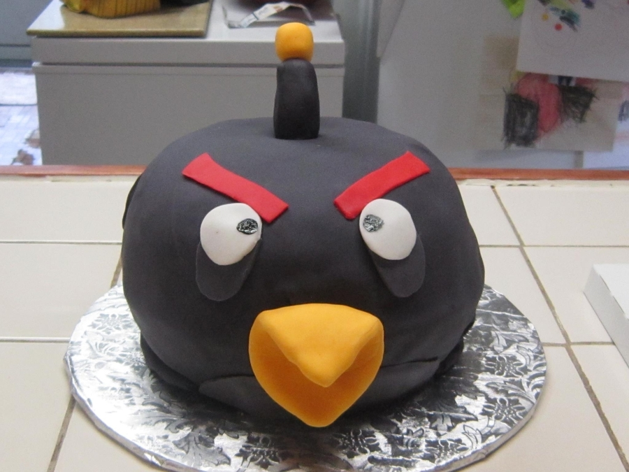 Black Angry Bird on Cake Central