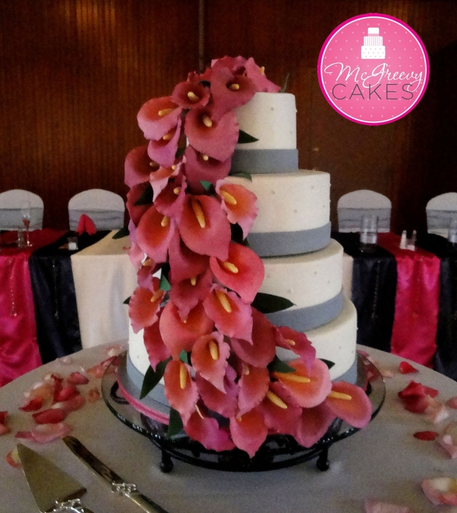 Calla Lily Cascade on Cake Central