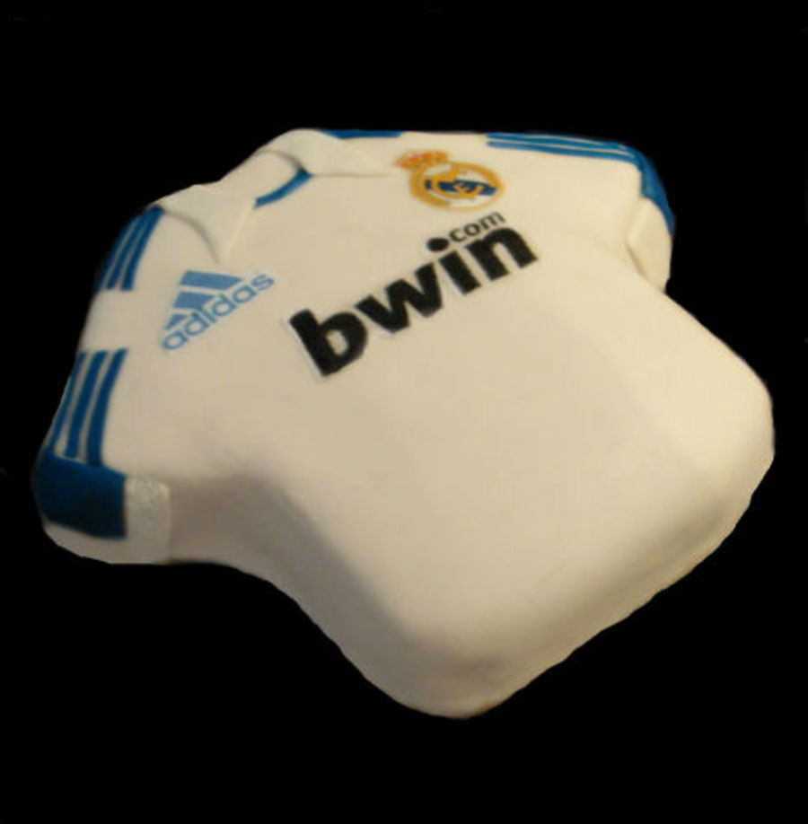 Real Madrid Cake on Cake Central