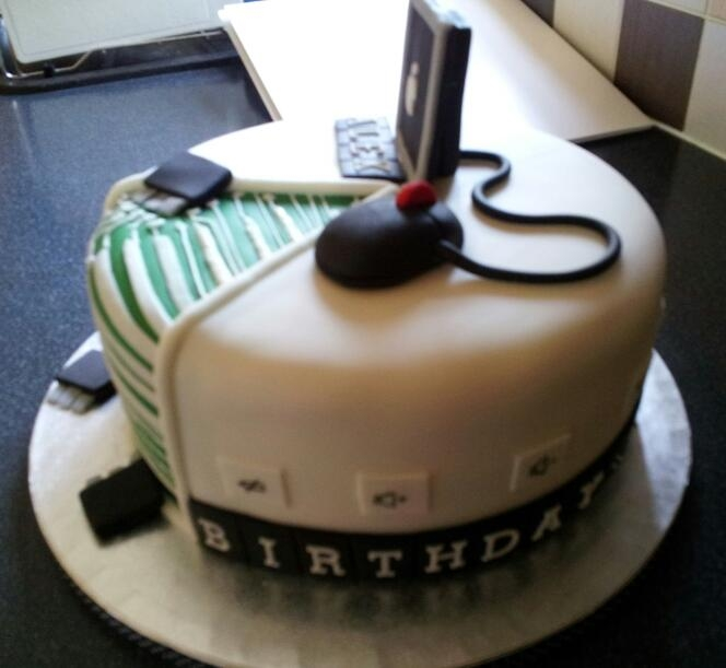 Computer Enthusiast 21st Birthday Cake Cakecentral Com