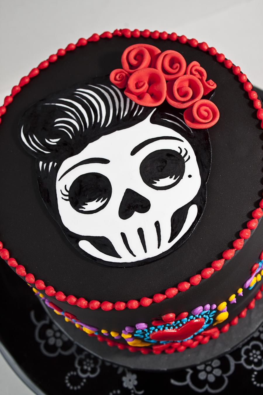 Dia De Los Muertos Skull Cake