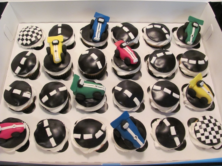 Race Car Cupcakes on Cake Central