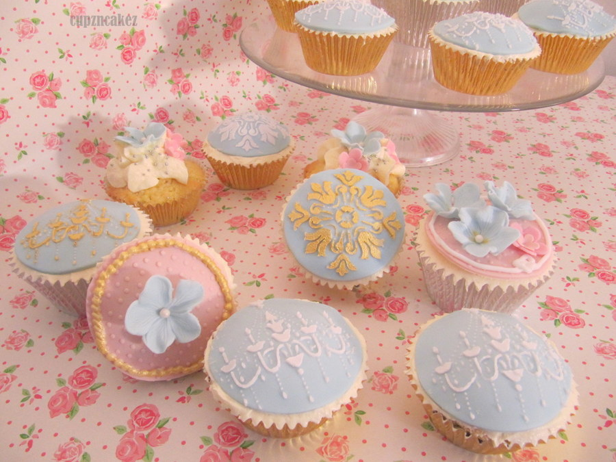 Vintage Cupcakes  on Cake Central