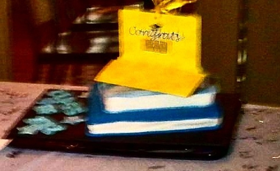 Book Stack on Cake Central