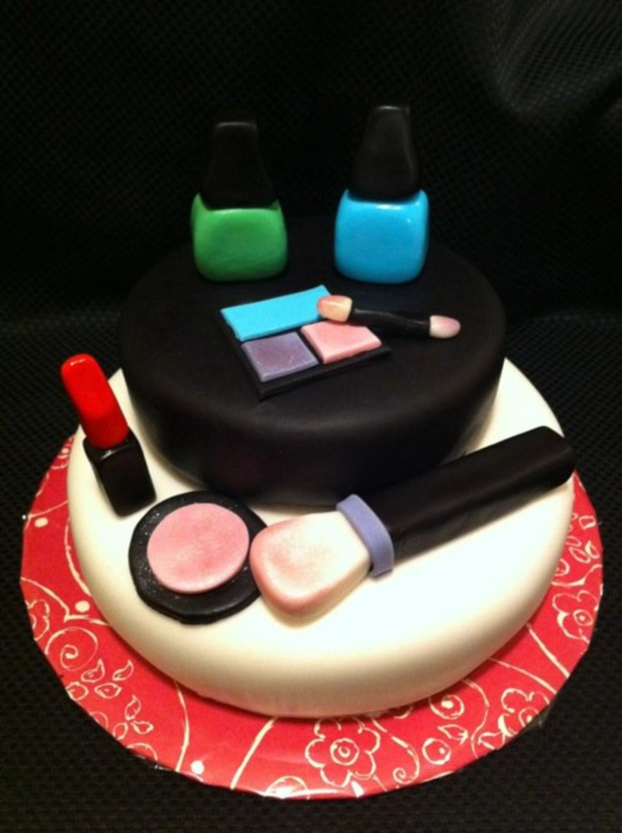 Make Up on Cake Central