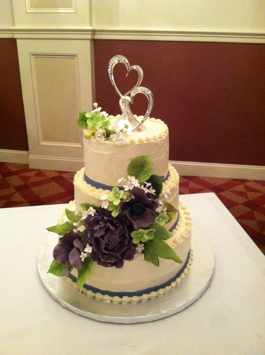 Peopny Wedding Cake Colors Were Eggplant And Ivory on Cake Central