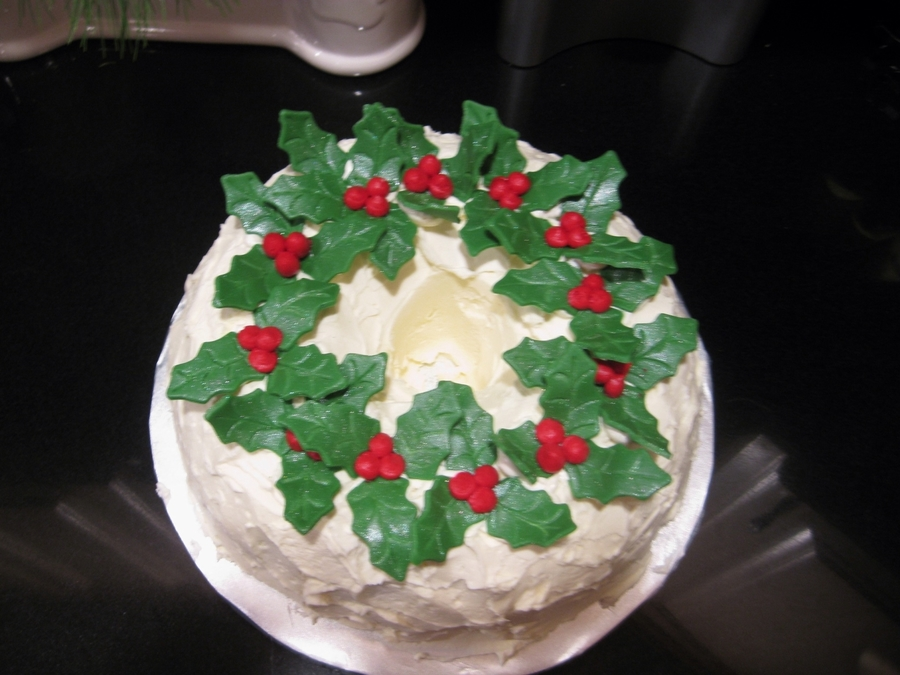 Wreath on Cake Central
