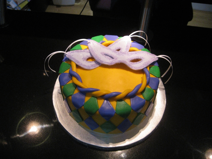 Mardi Gras on Cake Central