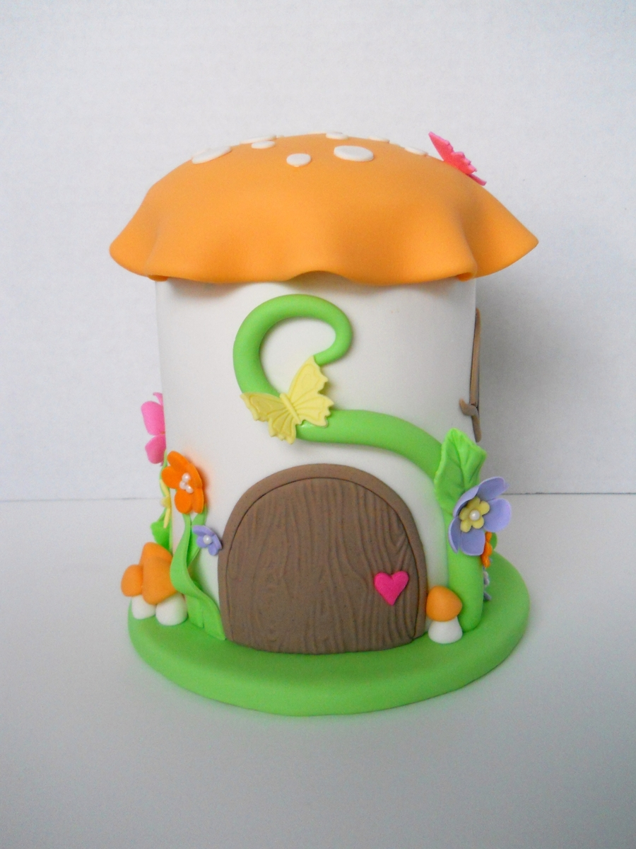 Toadstool on Cake Central