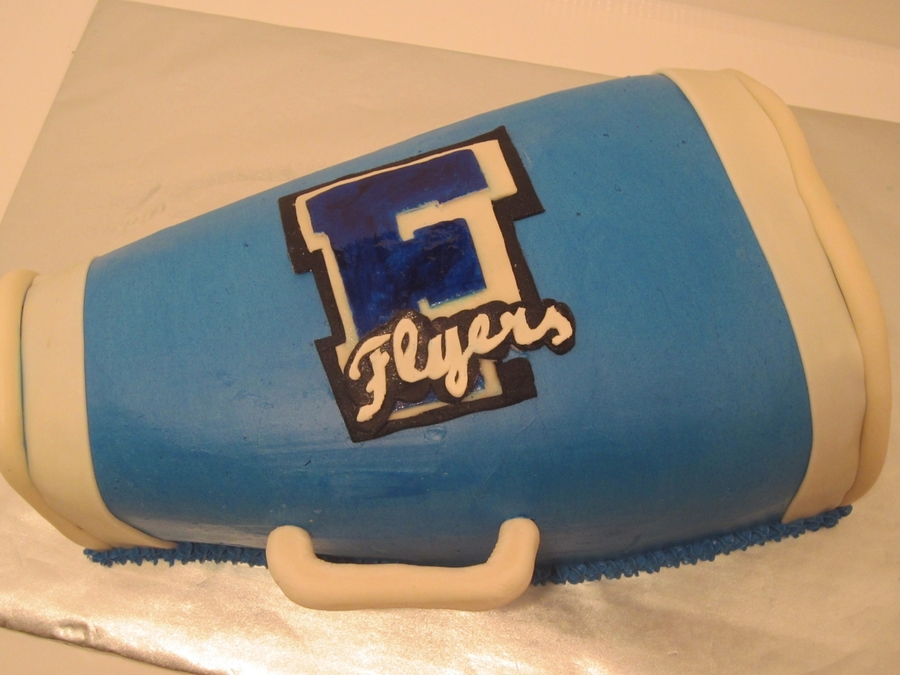Sweet 16 Cheerleading Cake on Cake Central