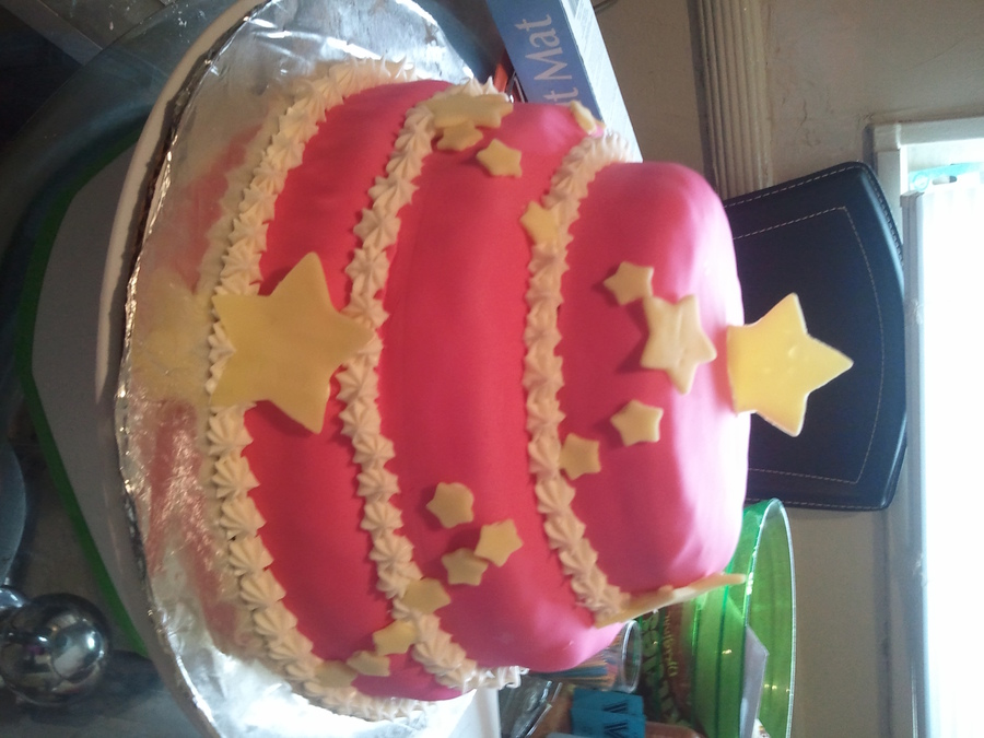 Simple Star  on Cake Central