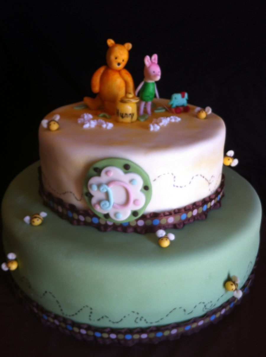 Classic Pooh on Cake Central