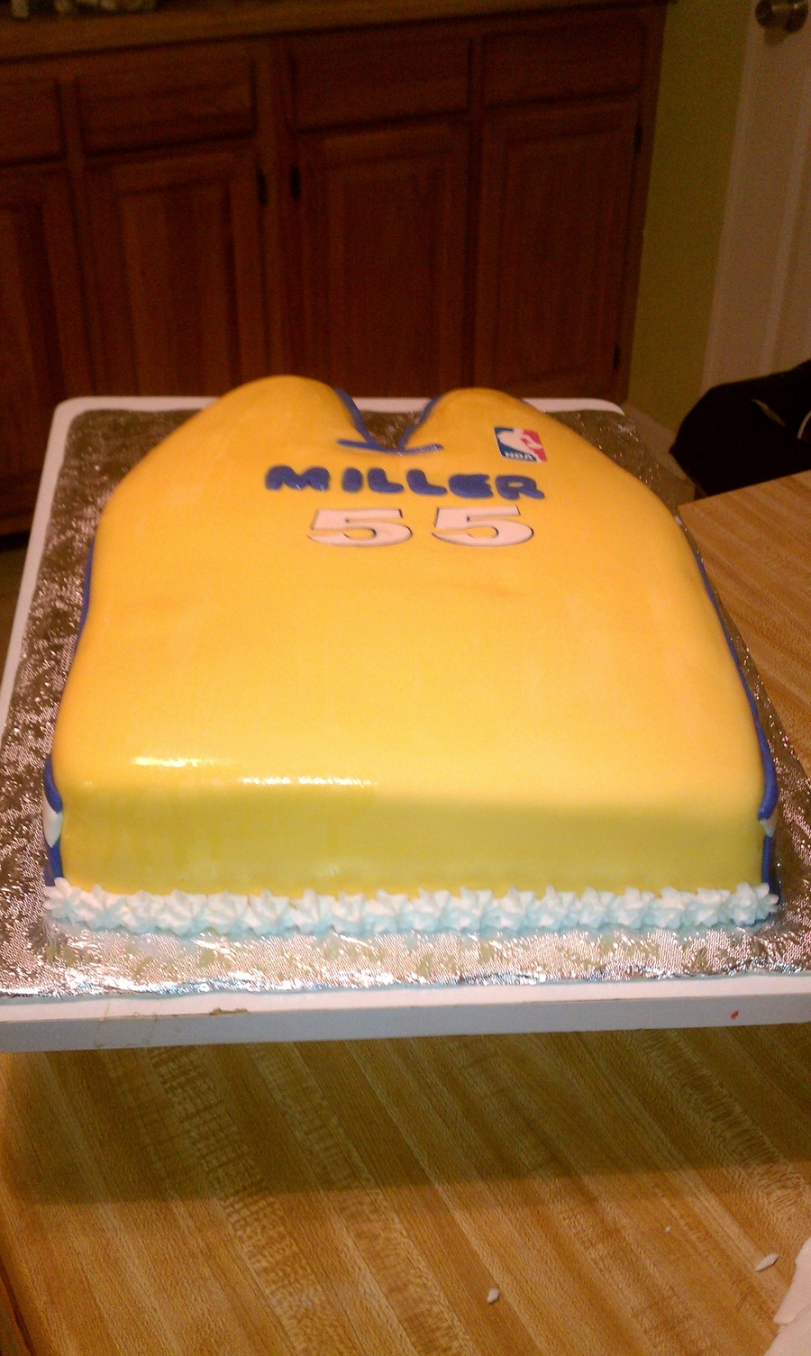 Laker's Jersey on Cake Central