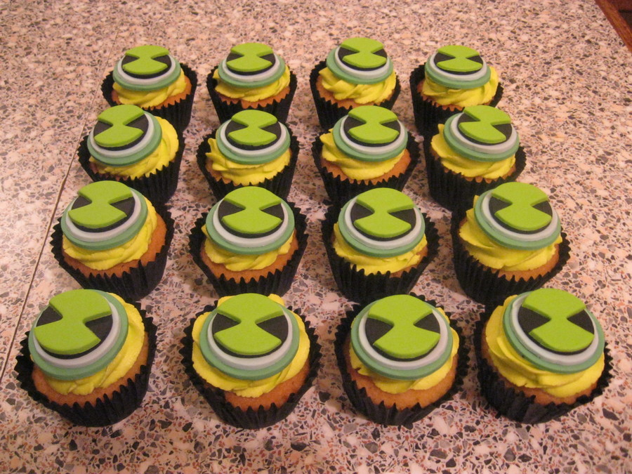 Ben 10 Cupcakes  on Cake Central