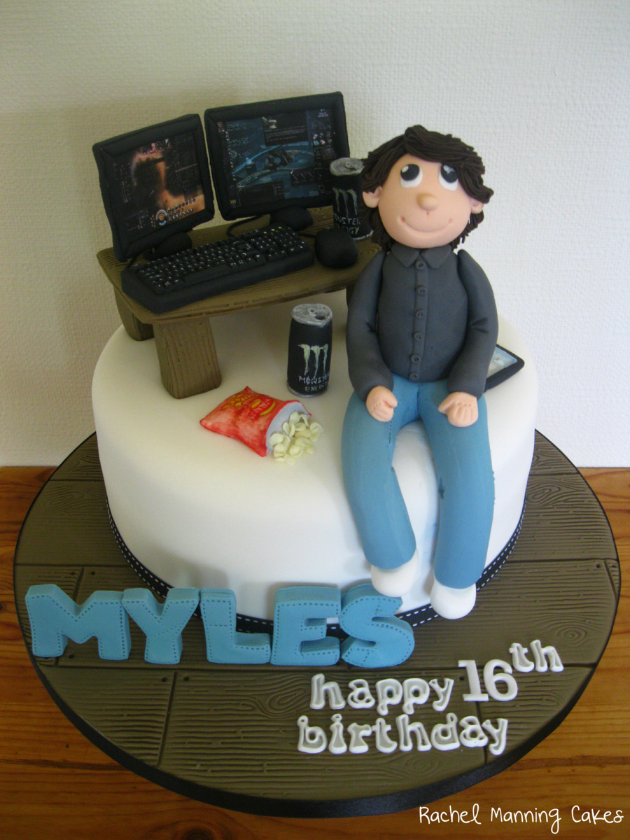 Myles Computer Pc Eve Online Cake Cakecentral