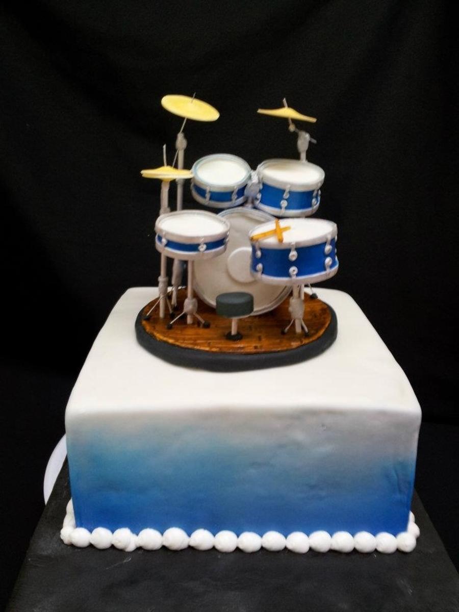 Cake Decorations Drum Kit : Drum Cake - CakeCentral.com