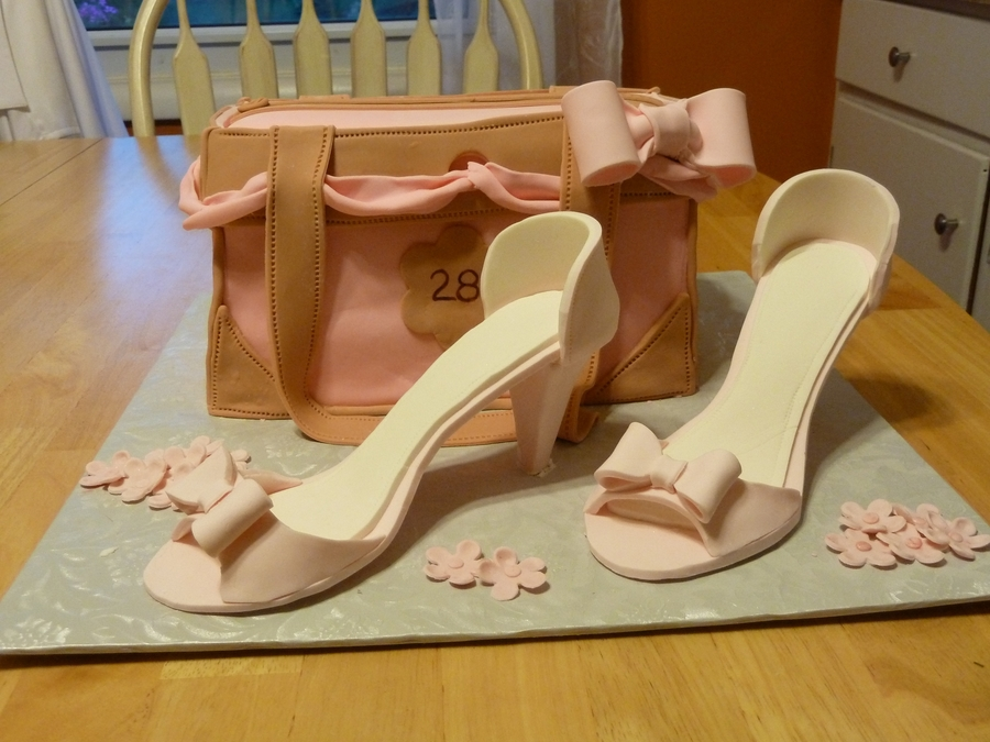 Purse And Shoes on Cake Central