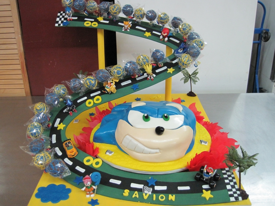 Sonic Race Car Pops Cakecentral Com