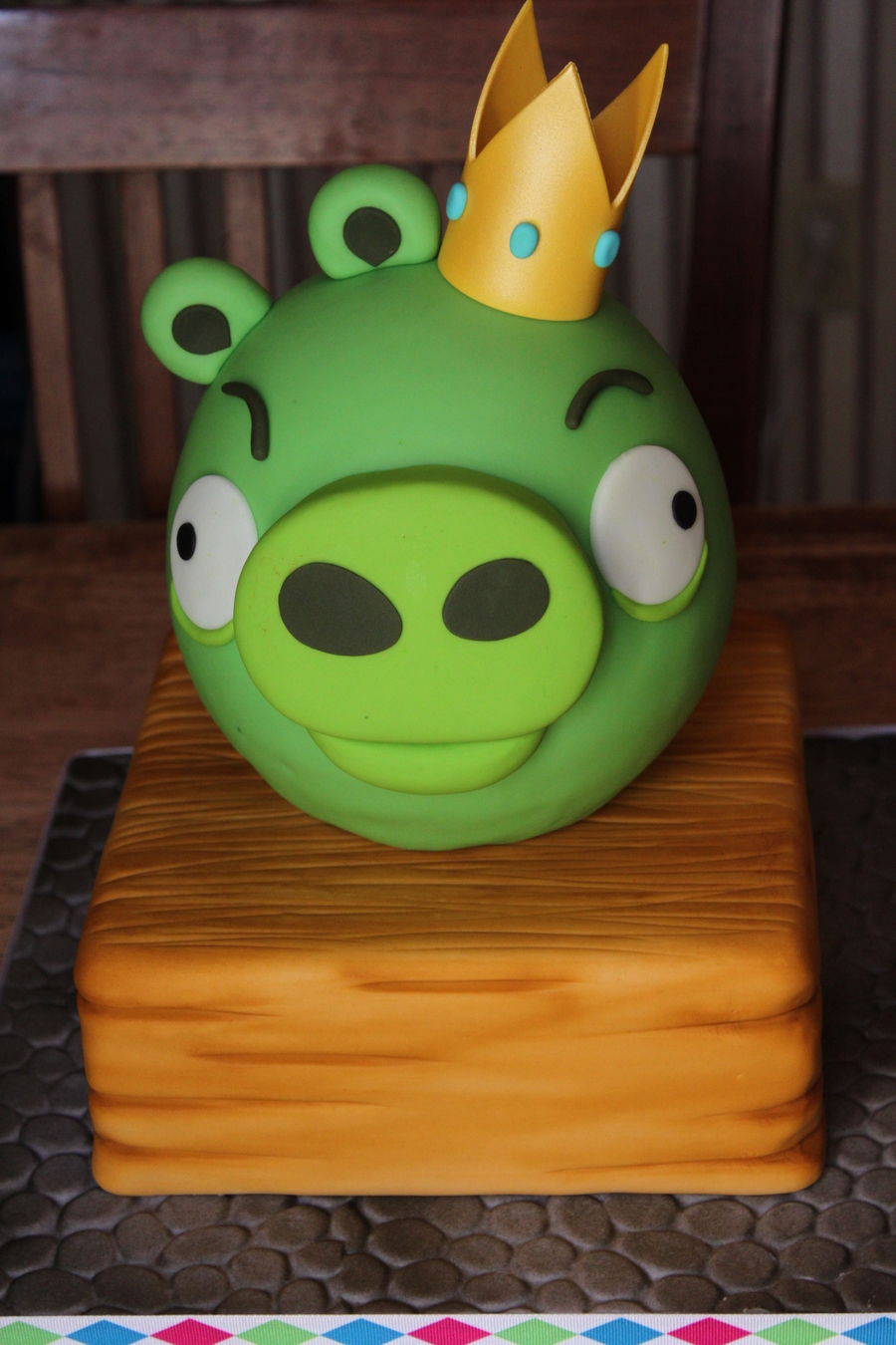 King Piggy Cake From Angry Birds on Cake Central