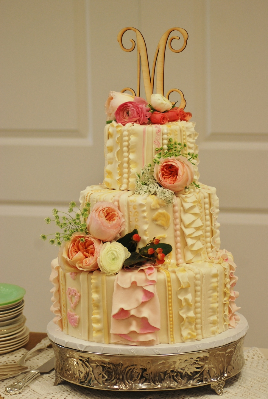 I Did This Wedding Cake For My Daughters Big Day She Had A ...