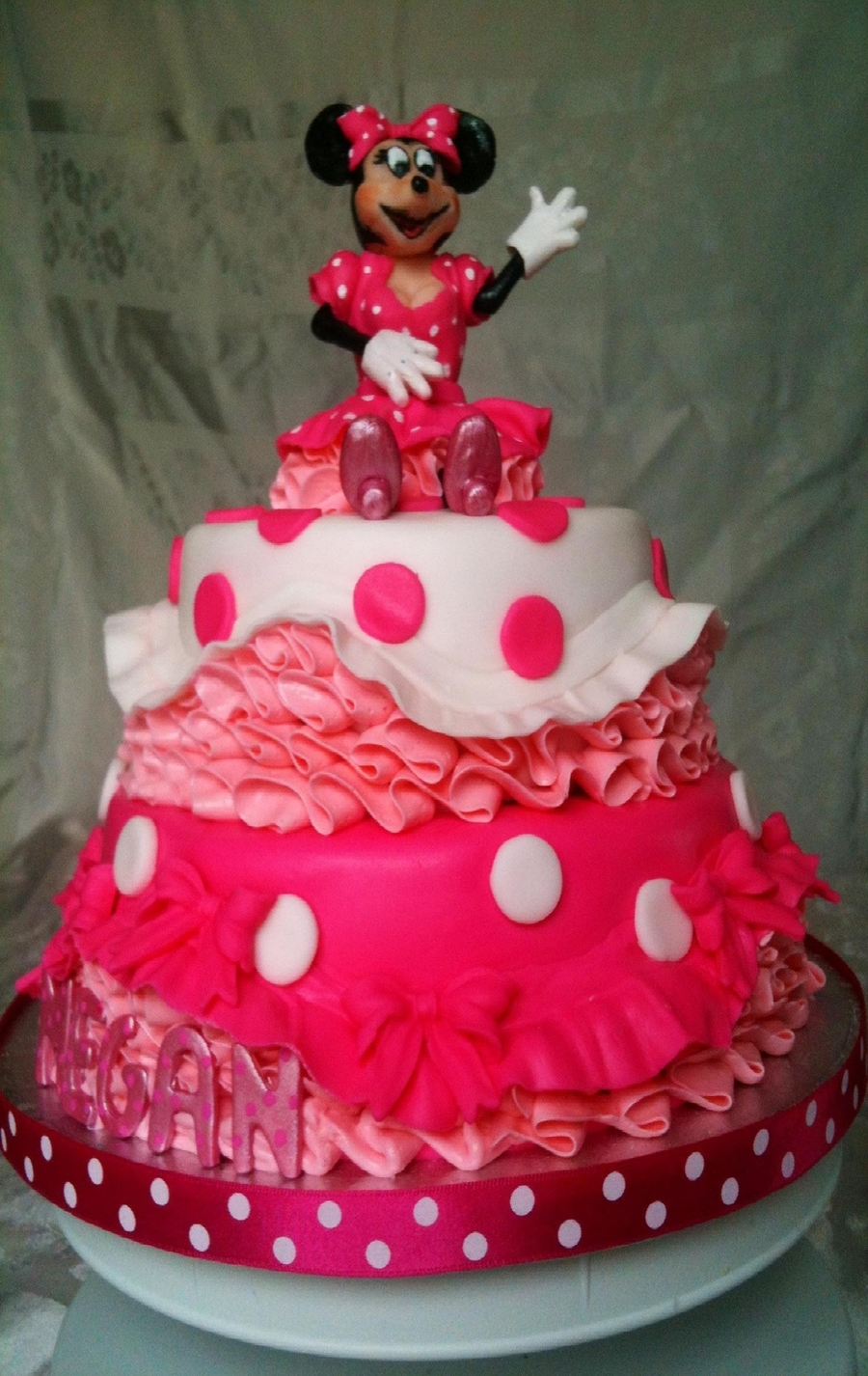 Minnie Mouse Pink Princess Cake Cakecentral Com