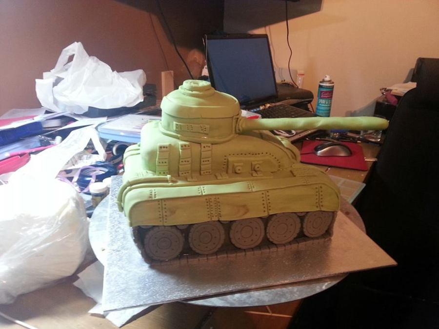 First Attempt At A Tank For My Grandson X on Cake Central