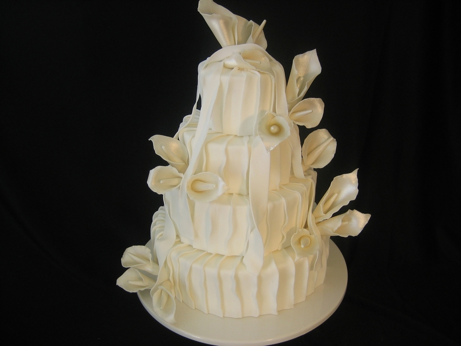 Ruffles & Cala Lillies  on Cake Central