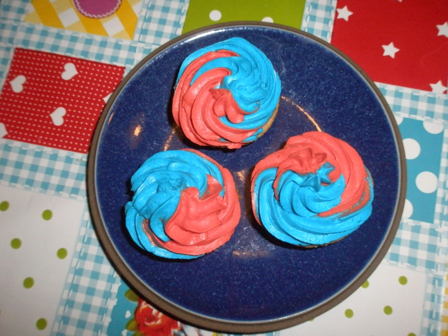 Swirl Cupcakes on Cake Central