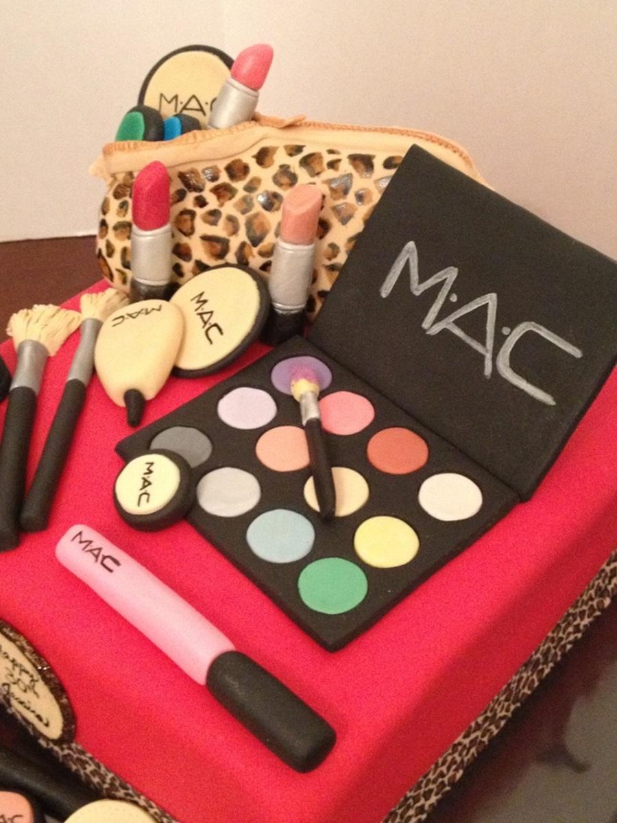 Mac Make-Up Birthday Cake. - CakeCentral.com