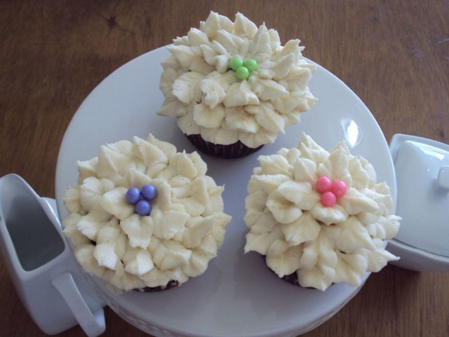 Chocolate Cupcakes With Buttercream And Sugar Pearls on Cake Central