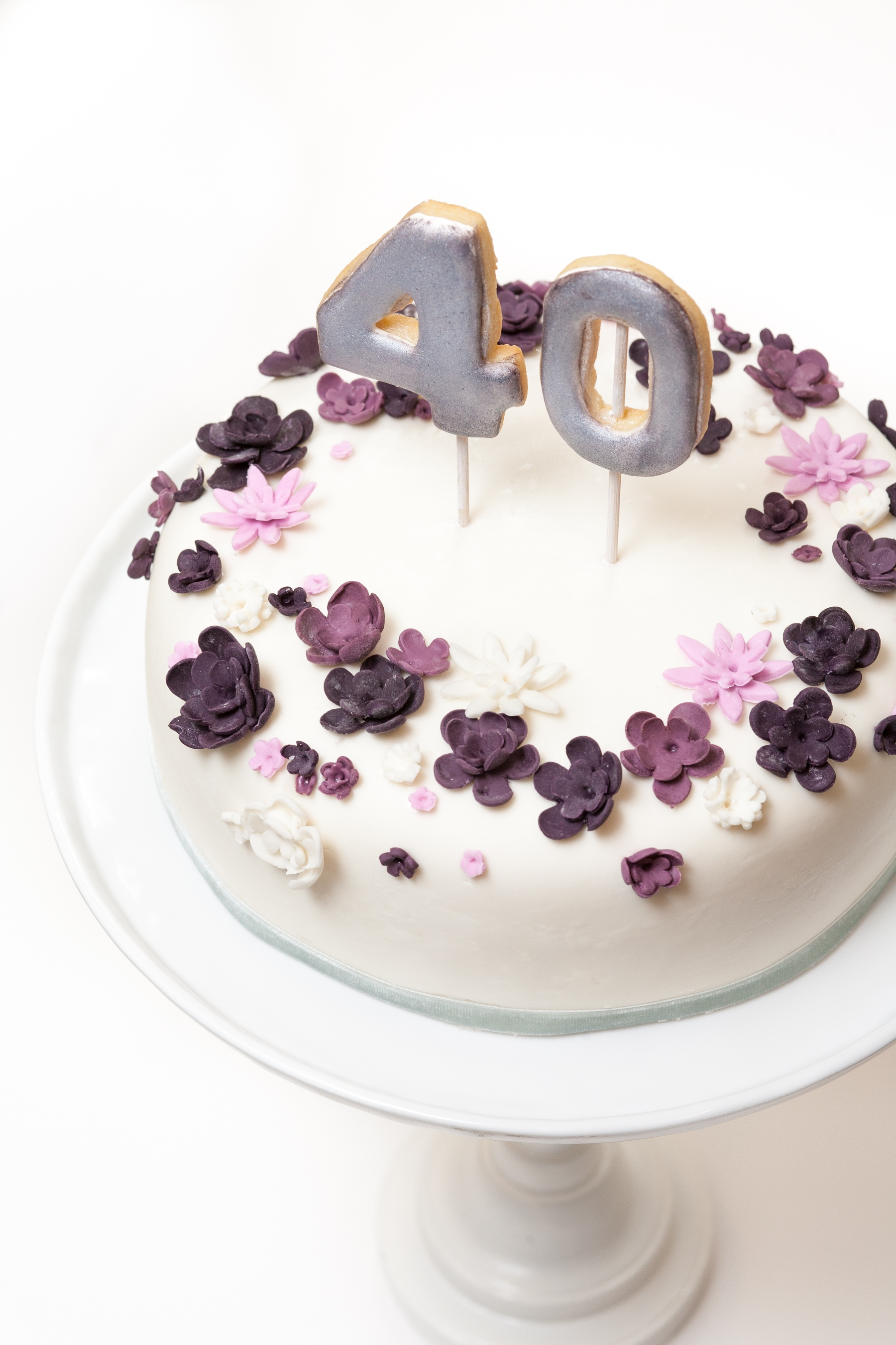 Violet Floral Crown Inspired 40Th Birthday Cake CakeCentralcom