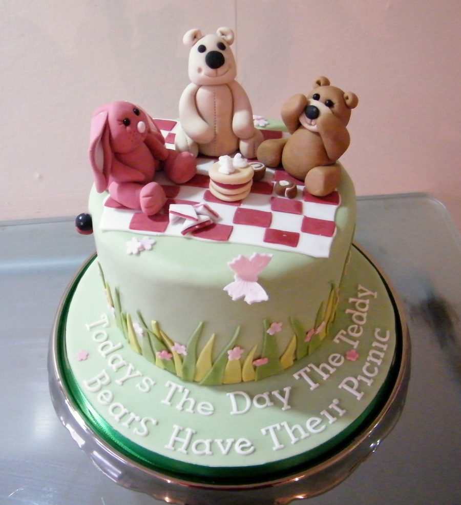 Teddy Bears Picnic Cake on Cake Central