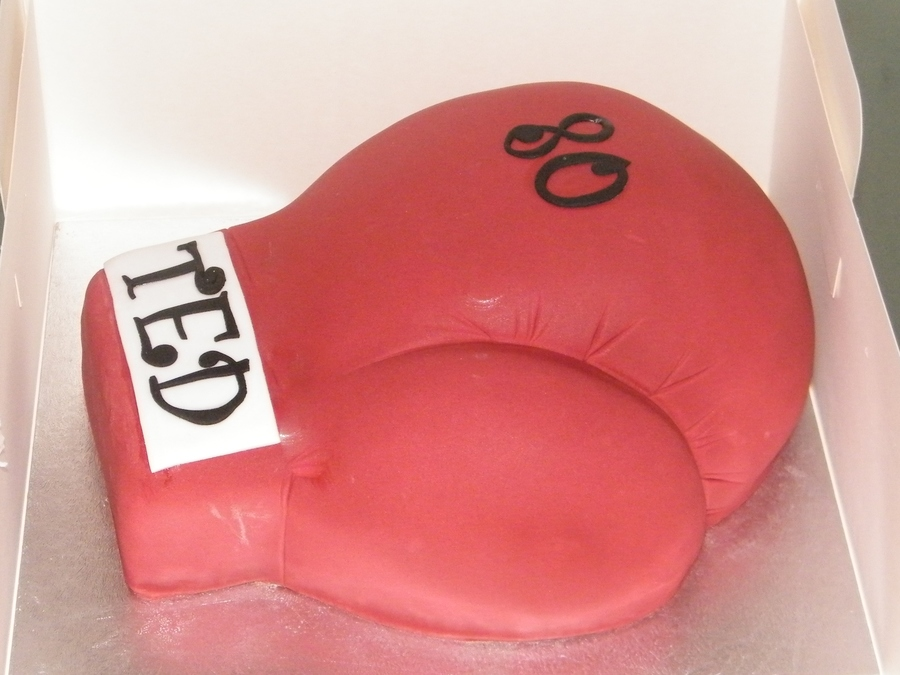 Boxing Glove on Cake Central
