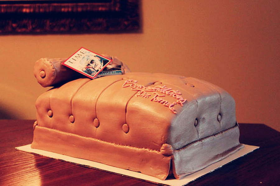 how to make a couch cake