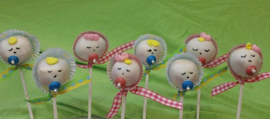 Baby Boy And Baby Girl Cake Pops! on Cake Central