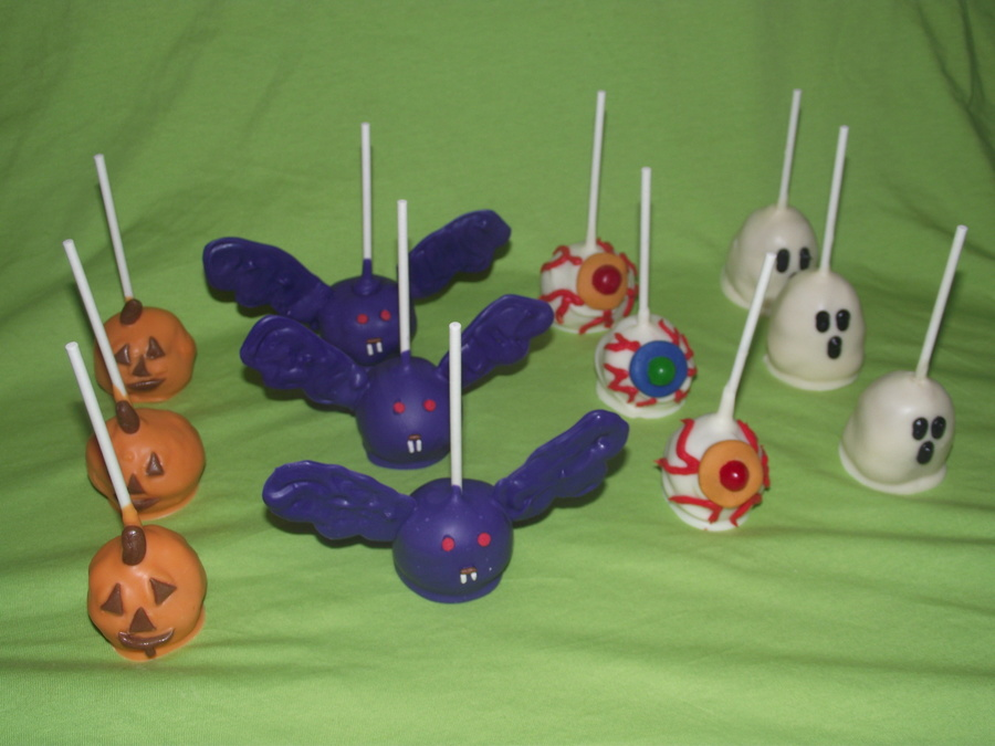 Halloween Cake Pops!  on Cake Central