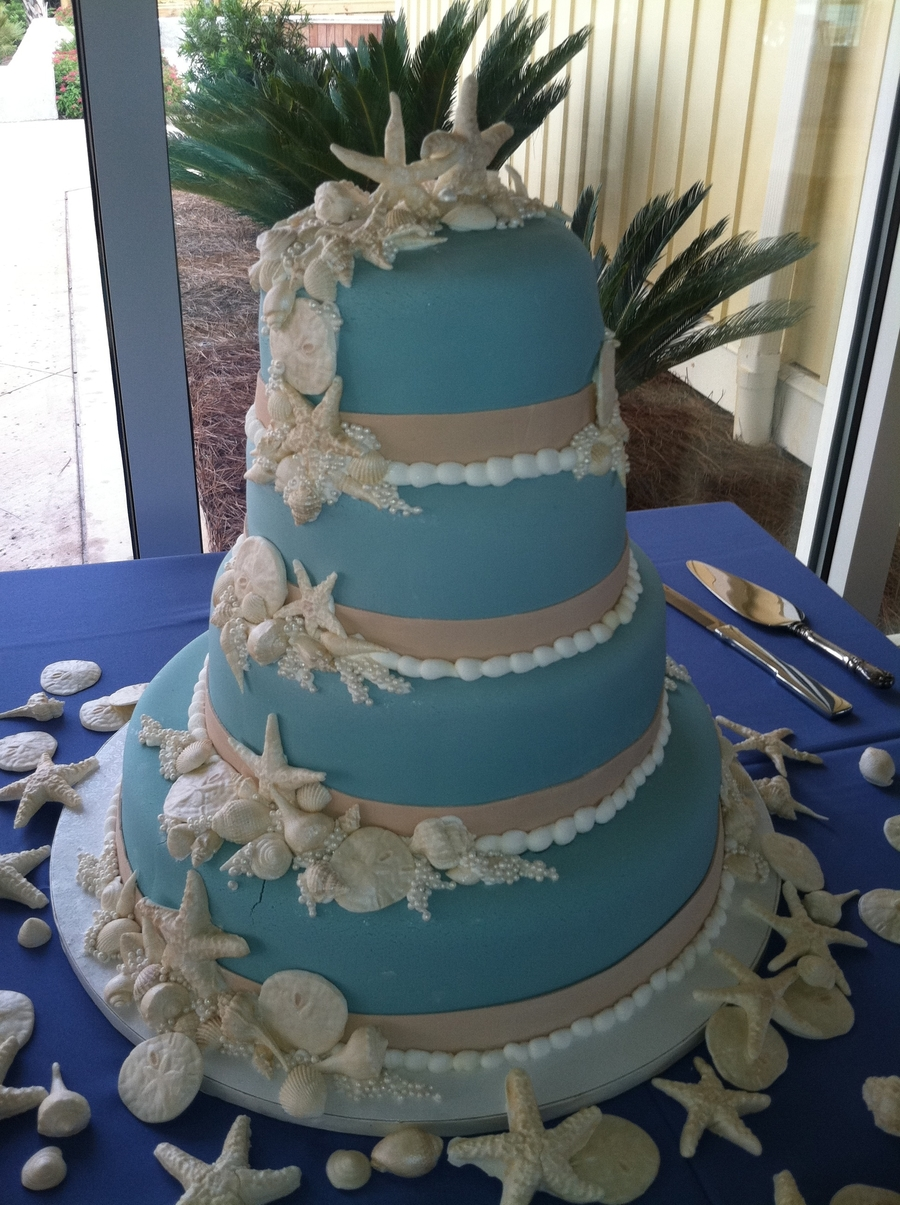 Edible Seashells For Wedding Cakes