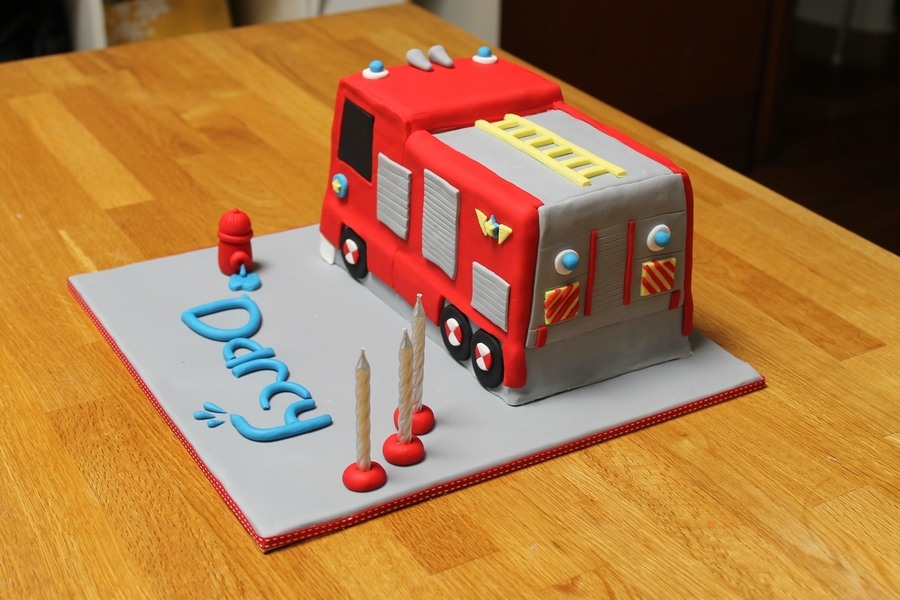 how to make a fire engine birthday cake