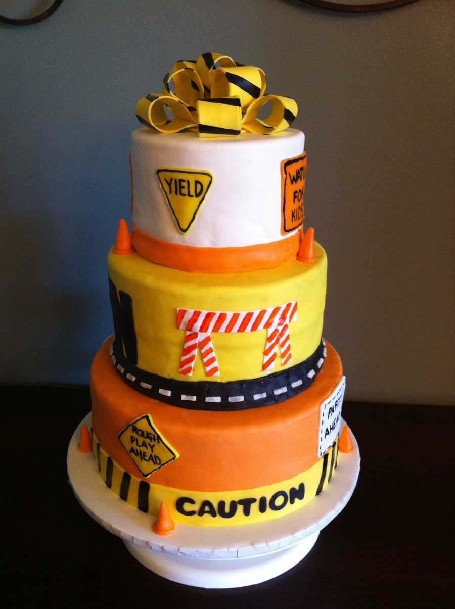 Construction Themed Cake Cakecentral Com