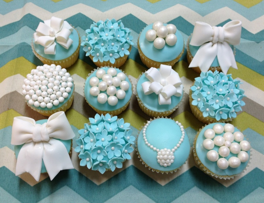 Tiffany And Pearl Cake And Cupcakes Cakecentral Com