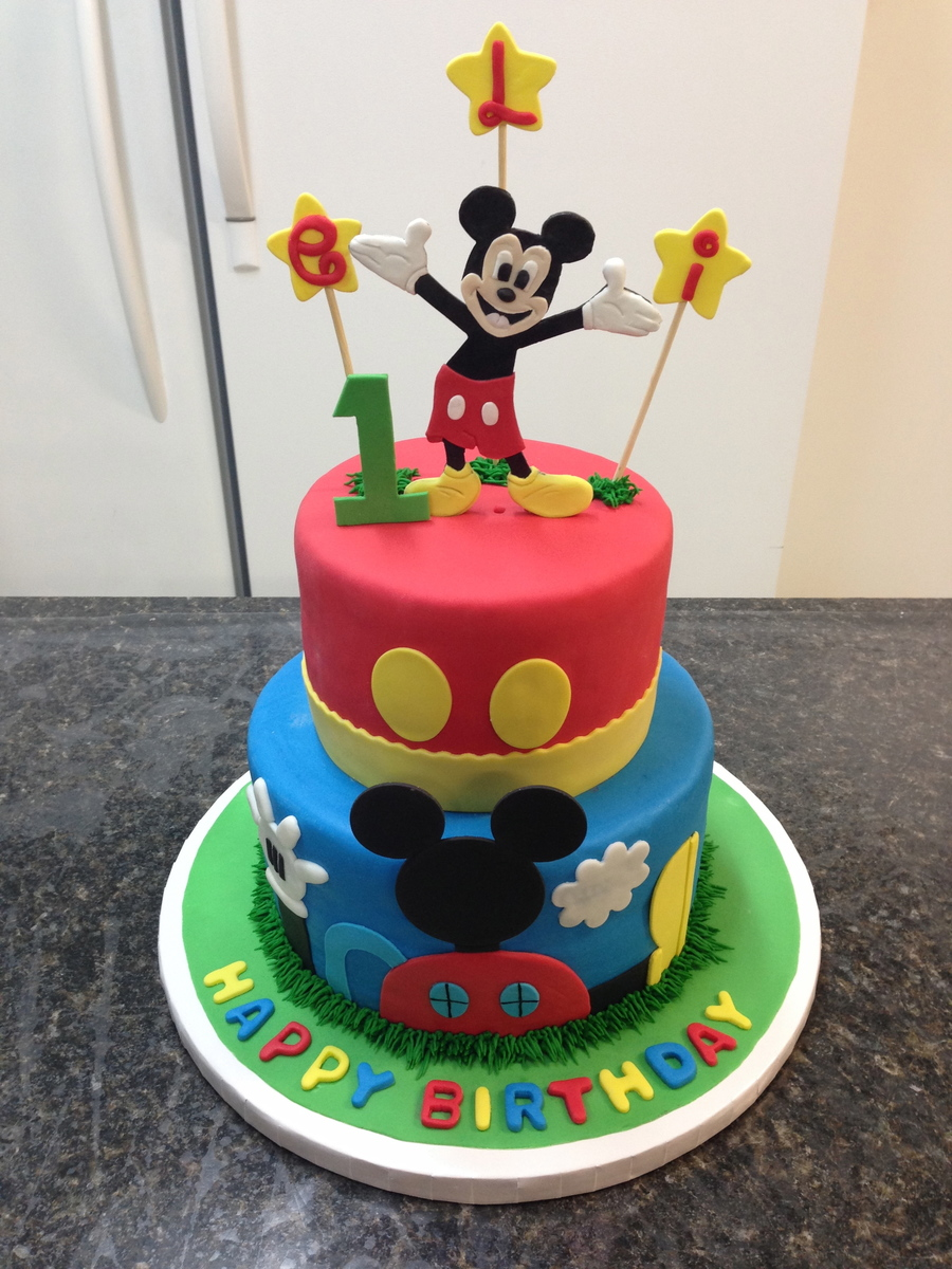 Wondrous Mickey Mouse 1St Birthday Cake Cakecentral Com Personalised Birthday Cards Bromeletsinfo