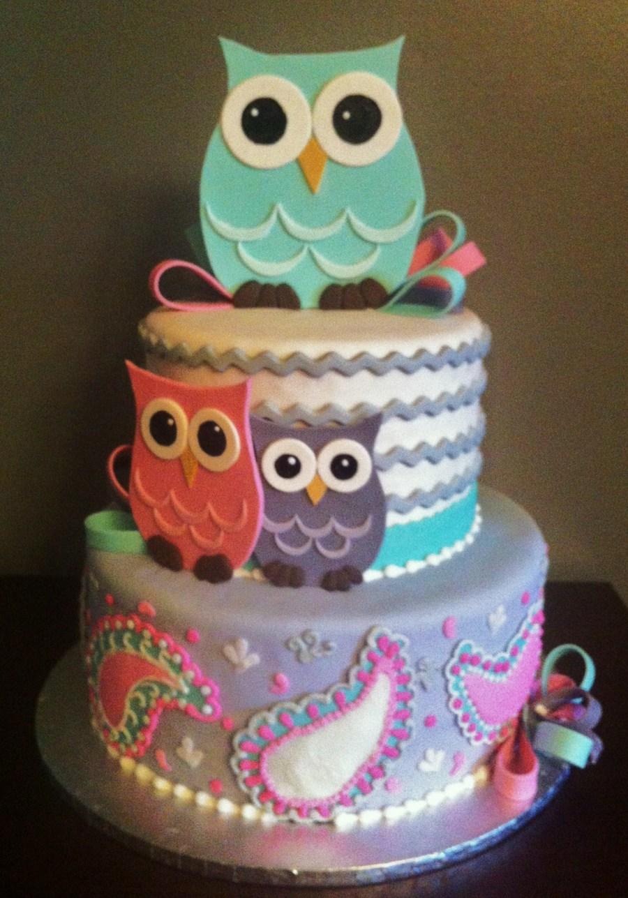 Fondant Cake With Gumpaste Owls And Bows Cakecentral Com