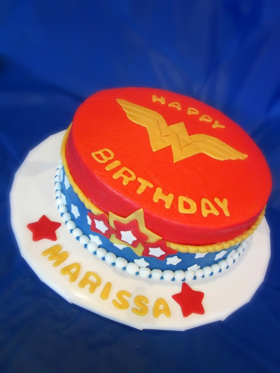 Wonder Woman Birthday Cake Cakecentral Com