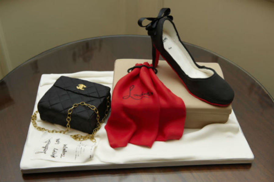 Shoe And Handbag Cake. on Cake Central