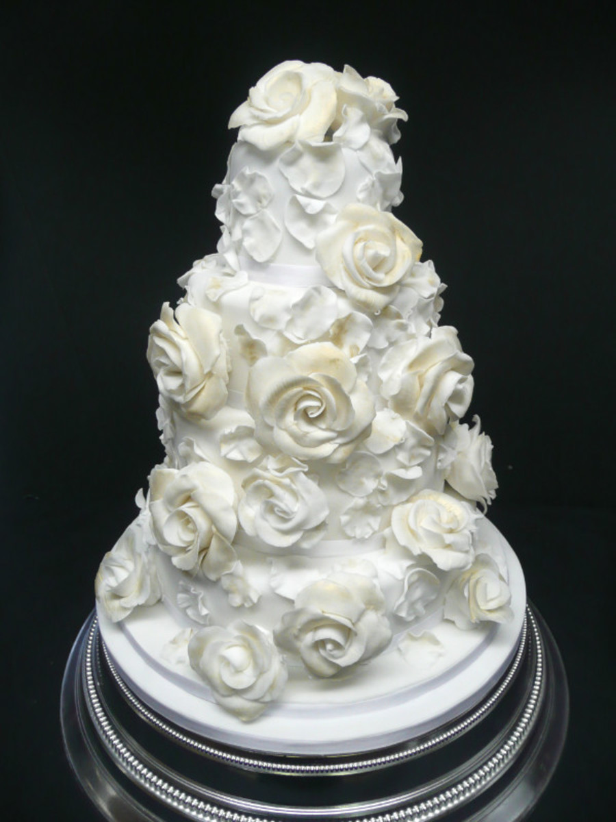 Antique Gold Roses on Cake Central