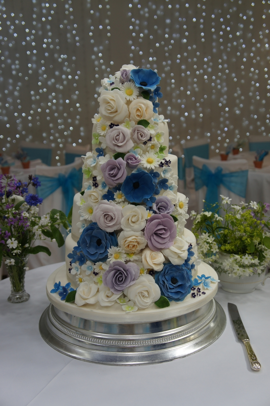 Cornflower Blue And Lilac Flowers on Cake Central