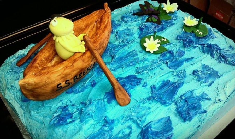 Kermit The Frog Rowing A Canoe on Cake Central