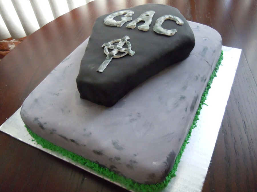 Ghost Adventures Logo Cake on Cake Central