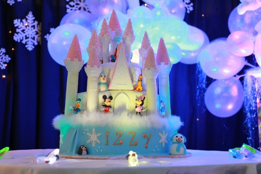 Winter Wonderland Castle Cake on Cake Central